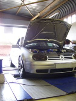 Golf 4 1800 with Blue-Fire